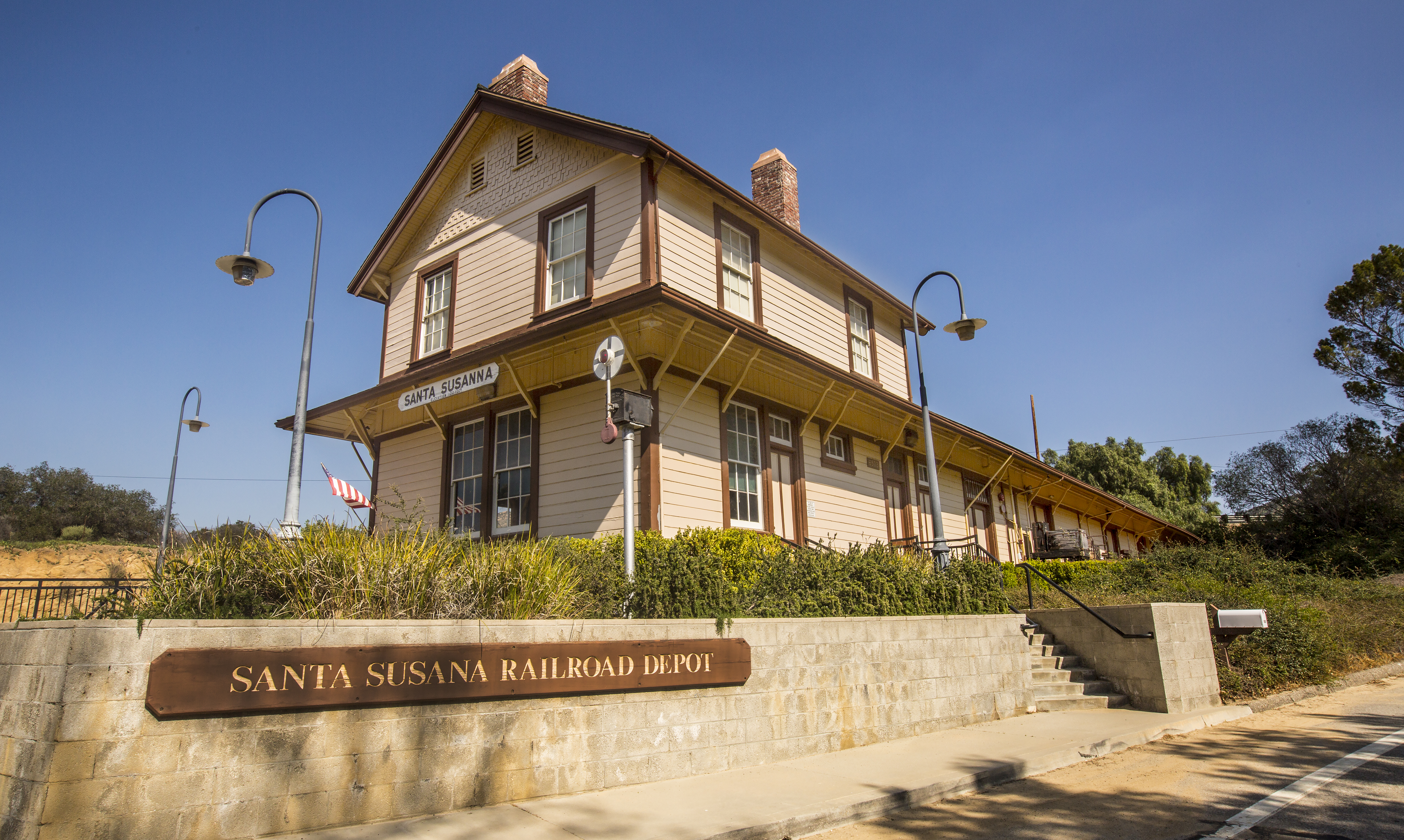 Summer fun visit simi valley blog today the original building is the current home of the rancho simi foundation and the santa susana pacific model railroad club when visitors step inside solutioingenieria Choice Image